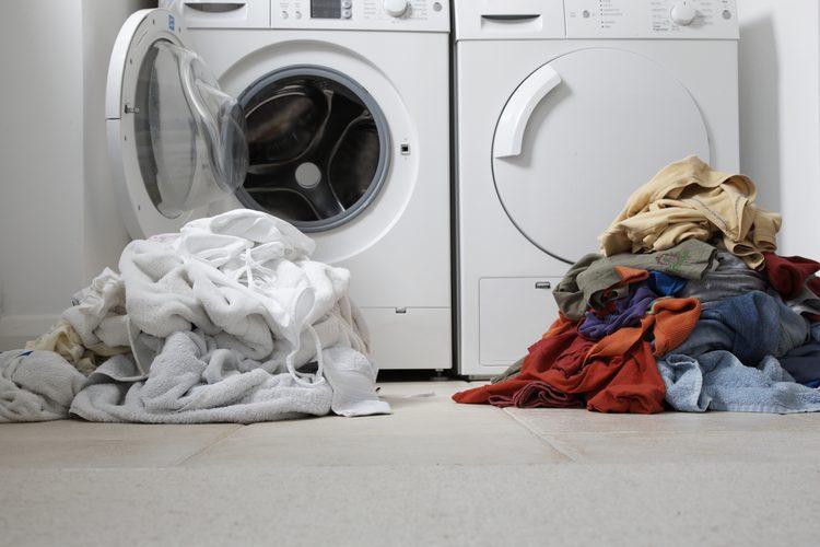 cambiar cierre puerta lavadora aeg
